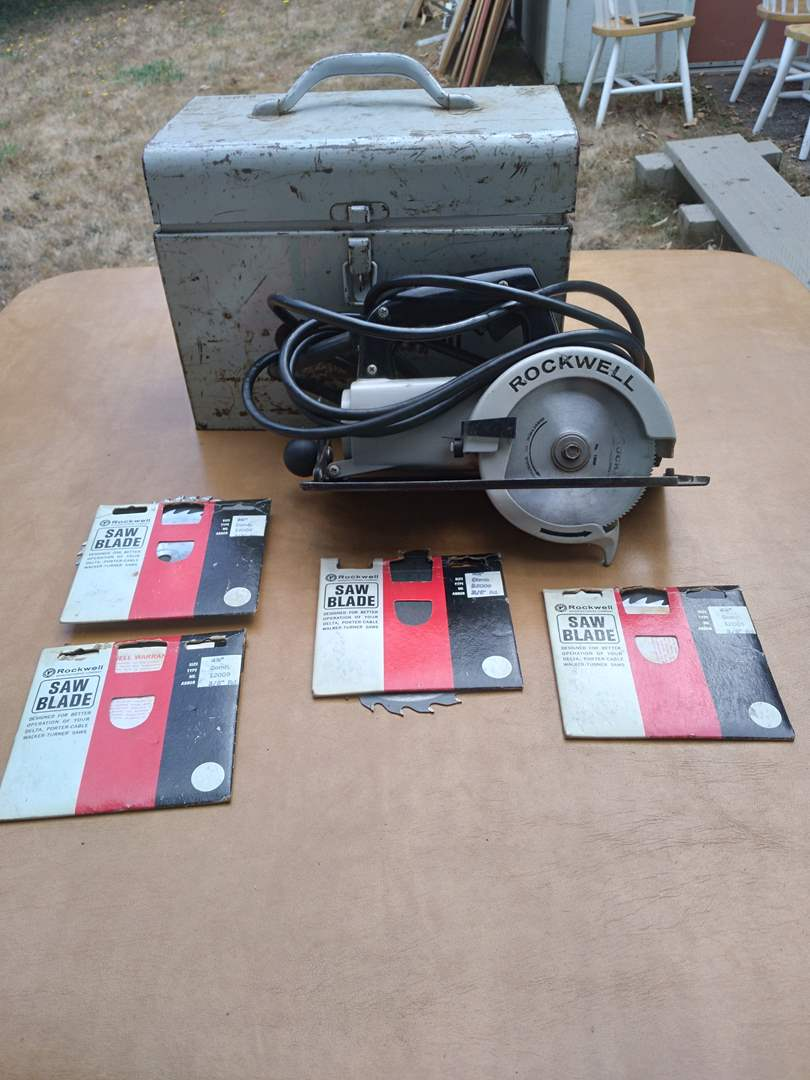 Lot # 80 - Rockwell Trim Saw (Model 314) with blades (main image)