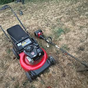 Lot # 92 - Lawnmower and Weedwhacker