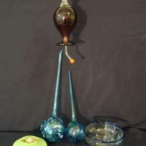 Lot # 110 - Nine (9) Pieces of Glass Art
