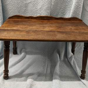 Lot # 140 - Small Wood Side Table or Plant Stand
