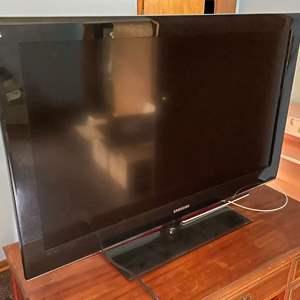 "Lot # 145 - 40"" Samsung TV"