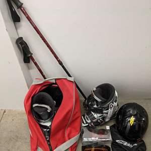 Lot # 161 - Skiing Gear Package