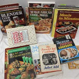 Lot # 166 - Vintage Better Homes and Gardens Recipe Books Package (Juliet Child's Orig as well)