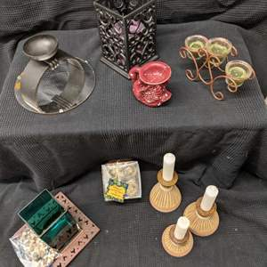 Lot # 185 - Candle Holders Set #1