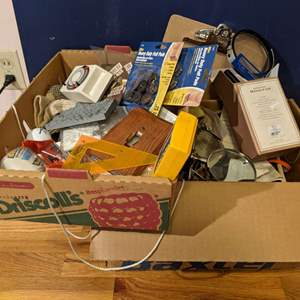 Lot # 189 - Collection of House and Office items