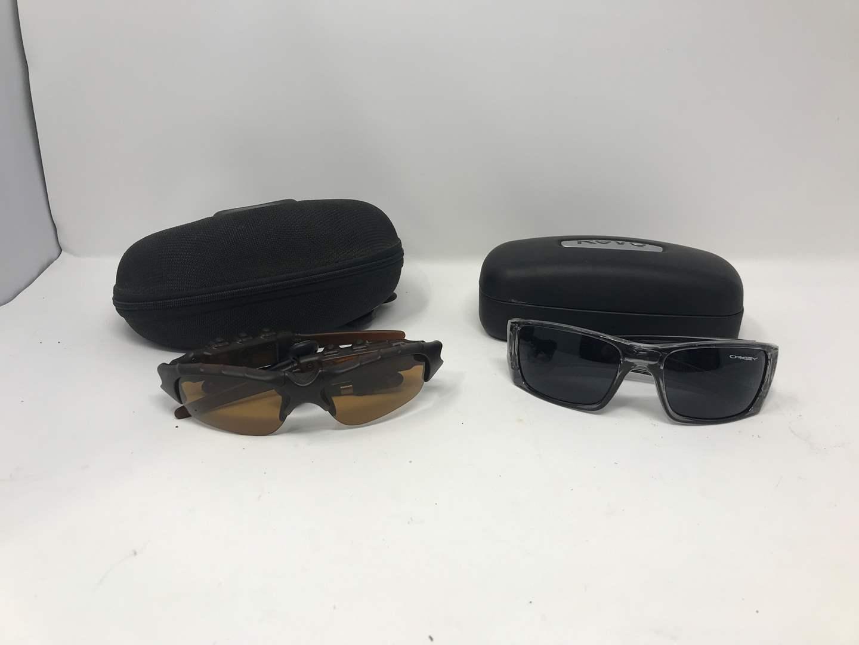 Lot # 106 - Oakley Sunglasses Thump 123 & #8667ME (main image)
