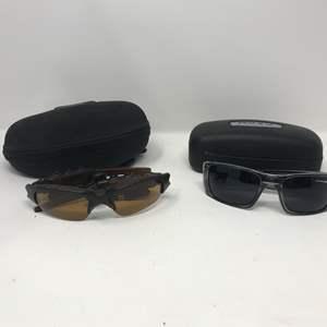 Lot # 106 - Oakley Sunglasses Thump 123 & #8667ME