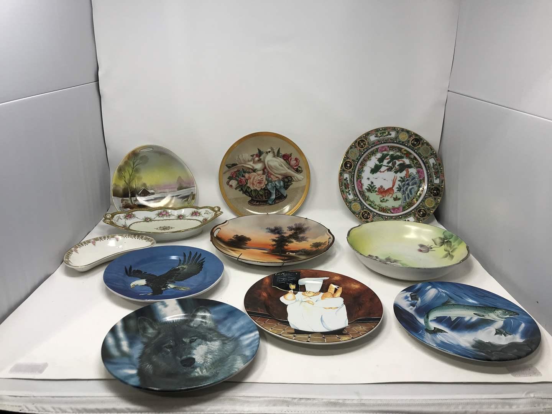Lot # 114 - Lot of Collectors Plates Few Noritake  (main image)