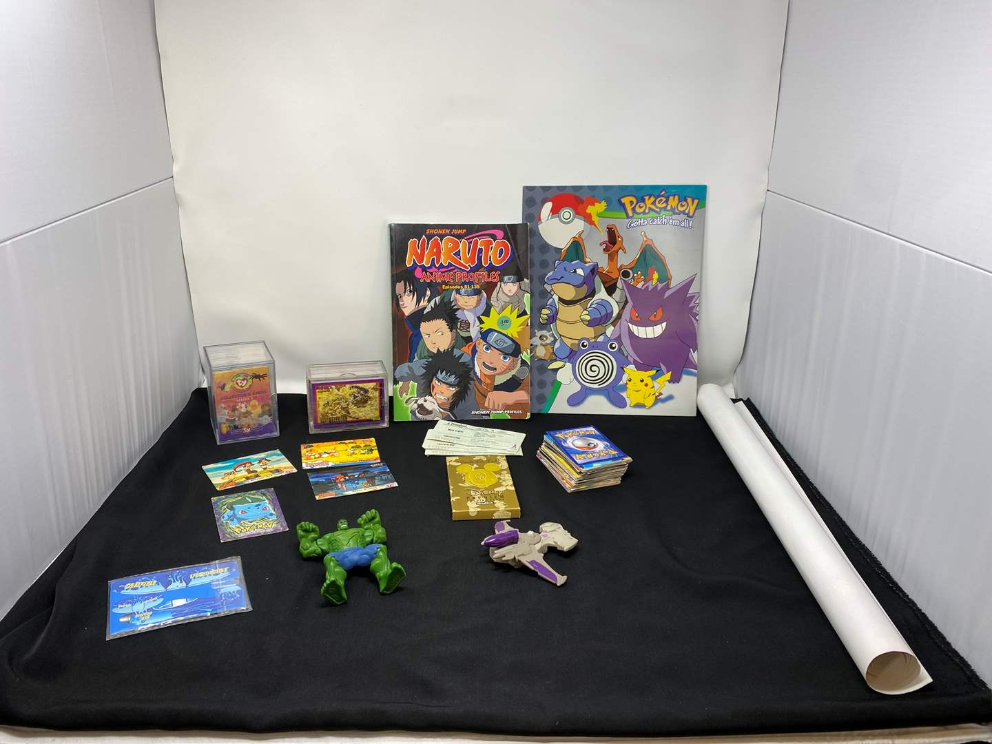 Lot # 43 - Anime Books, Poster, Cards & More (main image)