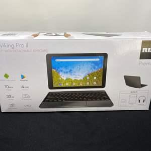 Lot # 52 - Like New RCA Premier Viking Pro II Tablet w/ Keyboard
