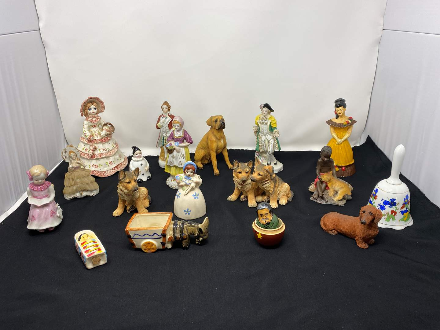 Lot # 53 - Collection of Vintage/Antique Figurines (main image)