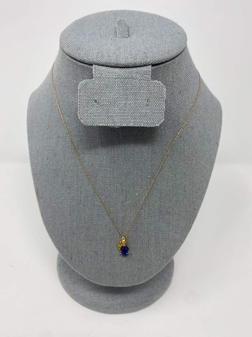 Lot # 80 - 10k Gold Necklace w/ 10k Gold Sapphire Pendant (main image)
