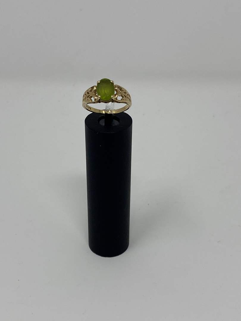 Lot # 84 - 10k Gold Ring w/ Stone - (Stamped & Tested - 2.45 grams) (main image)