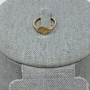 Lot # 85 - 10k Gold Ring - (Stamped & Tested - 1.09 grams)