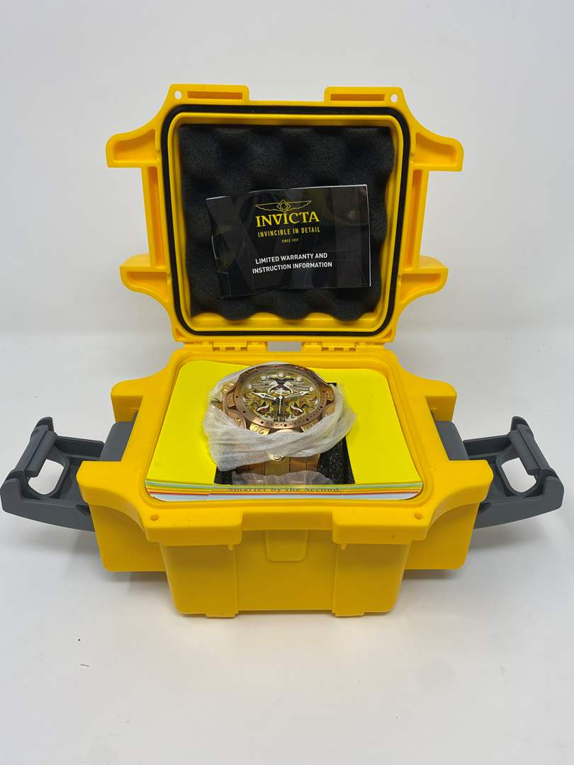 Lot # 87 - Brand New Invicta Reserves Lion Faced Men's Watch w/ Case (main image)