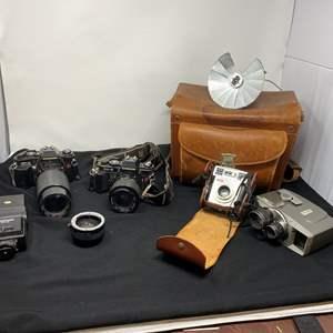 Lot # 125 - Vintage Chinon CP-5 Camera, Chinon CE-5 Camera, Vintage Kodak Starmatic Camera & More