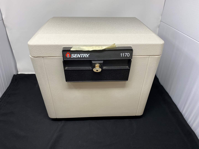 Lot # 140 - Sentry 1170 Fire Safe w/ Two Keys (main image)