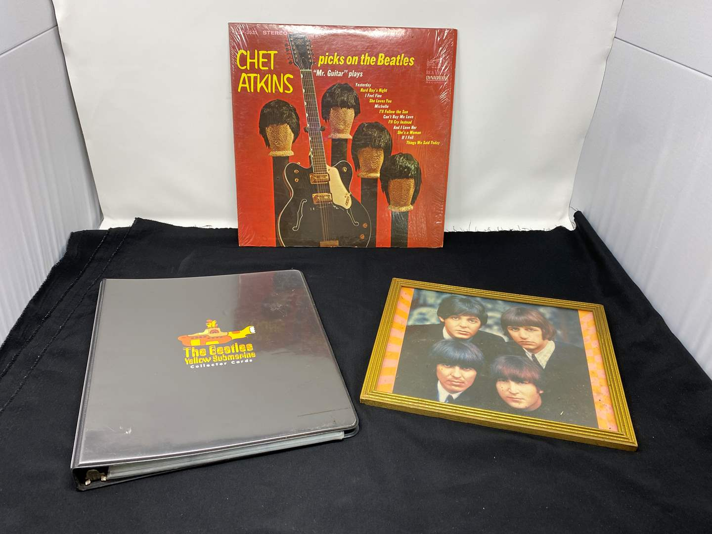 Lot # 158 - Beatles Album, Picture, Beatles Yellow Submarine Collectors Cards (main image)