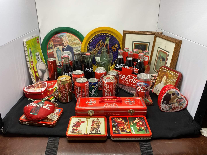 Lot # 164 - Vintage Coca-Cola Memorabilia (main image)