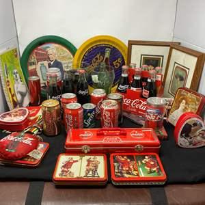 Lot # 164 - Vintage Coca-Cola Memorabilia