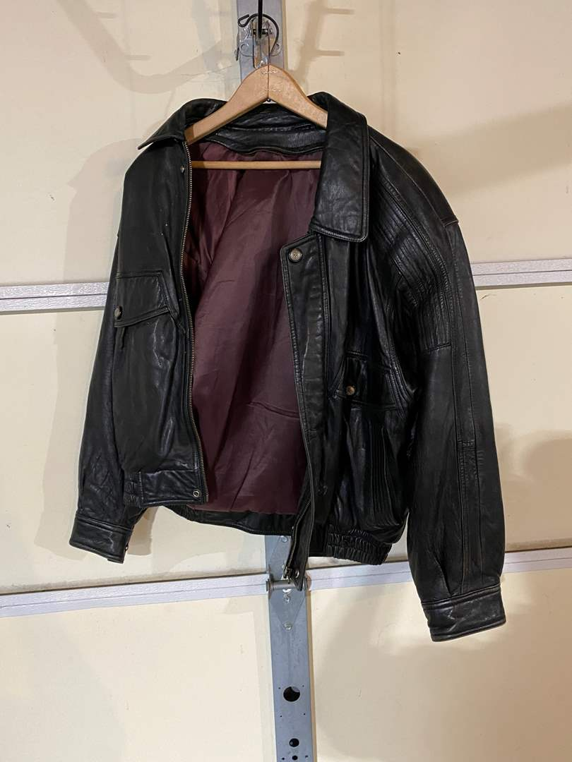 Lot # 194 - Vintage Leather Jacket - (No Size Listed - Possibly a Medium) (main image)