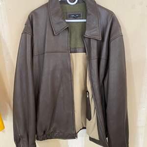Lot # 202 - Nice Colebrook Leather Jacket - (Size XXL)