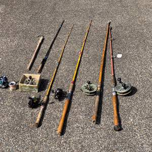 Lot # 221 - Vintage/Antique Fishing Rods & Reels - (See Pictures)
