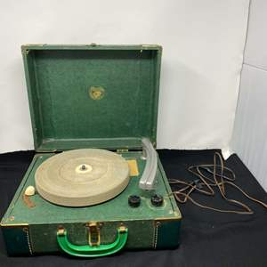 """Lot # 148 - Vintage """"Dean"""" Suitcase Record Player - (Powers On)"""