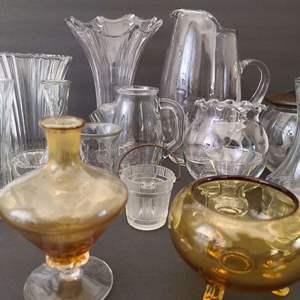 Lot # 133 Amber Glass & Mixed Glass Lot