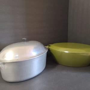 Lot # 150 Vintage Roasting Pans