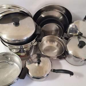 Lot # 153 Pots & Pans