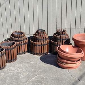 Lot # 175 Wood & Metal Strap Planters & More