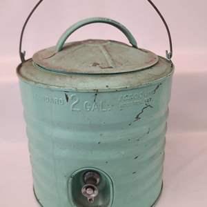 Lot # 190 Vintage Igloo 2 Gallon Water Jug