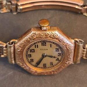 Lot # 224 Beautiful & Rare Lady Elgin 14k Filled Women's Watch