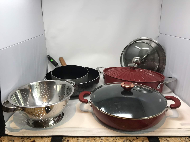 Lot # 53 - Rachael Ray Roasting Pan, Paula Deen Pan, Strainer & Other Misc. Pans (main image)