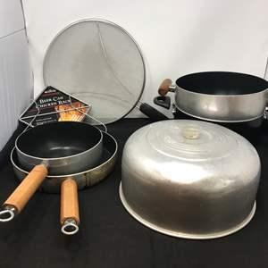 Lot # 59 - Lot of Misc. Pots & Pans