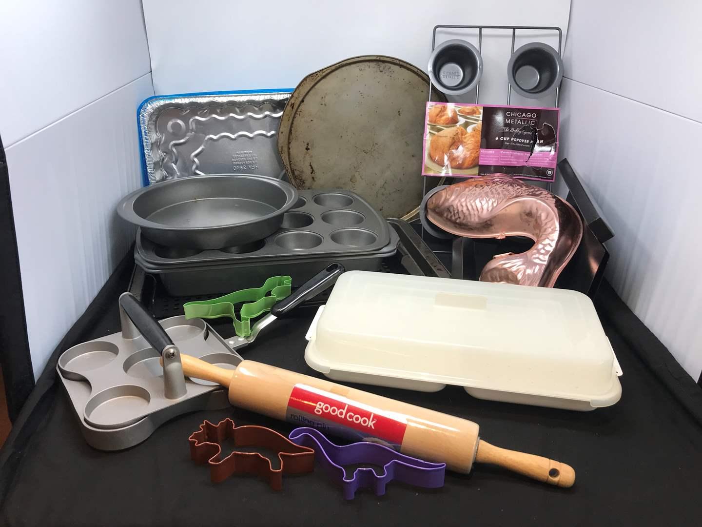 Lot # 60 - Lot of Baking Sheets, New Muffin Pan, Rolling Pin & More (main image)