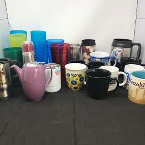 Lot # 67 - Lot of Coffee Mugs & Plastic Cups