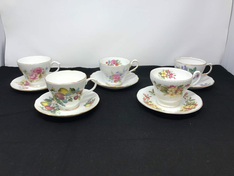 Lot # 75 - 5 Teacups & Saucers (main image)