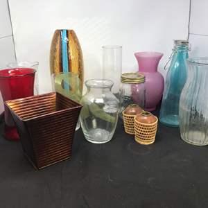 Lot # 77 - Lot of Glass & Plastic Vases