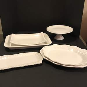 Lot # 96 - Large White Serving Dishes of Various Sizes