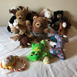Lot # 213 - Small lot of Stuffed Animals