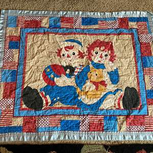 """Lot # 18 - Vintage Child Size Raggedy Ann & Andy Quilt - (43"""" x 34"""")"""