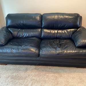 Lot # 33 - Flexsteel Latitude Leather Sofa