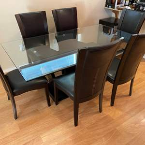 Lot # 107 - Heavy Beveled Glass Top Dining Room Table w/ 6 Chairs