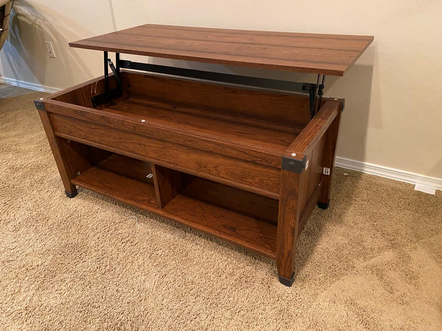 Lot # 121 - Pop-Up Coffee Table (main image)