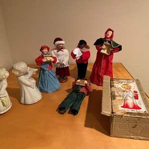 Lot # 136 - Vintage Christmas Carolers & More