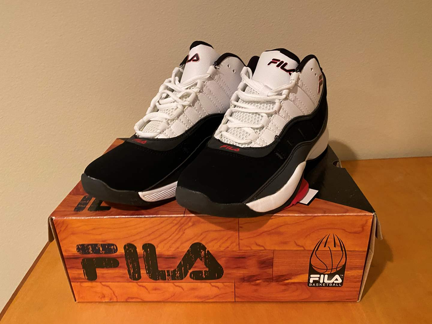 Lot # 145 - New in Box Men's Fila Basketball Shoes - (Size 10) (main image)