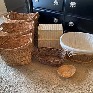 Lot # 175 - Selection of Nice Baskets