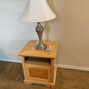 Lot # 178 - Small Side Table & Table Lamp